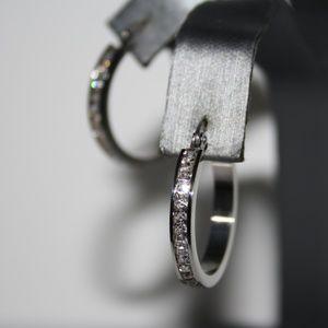NWOT Stainless Steel 1 inch CZ hoop earrings